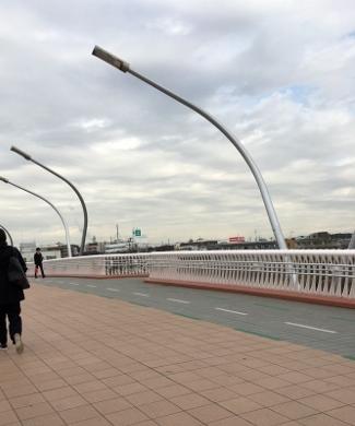 鶴見川の橋.jpg